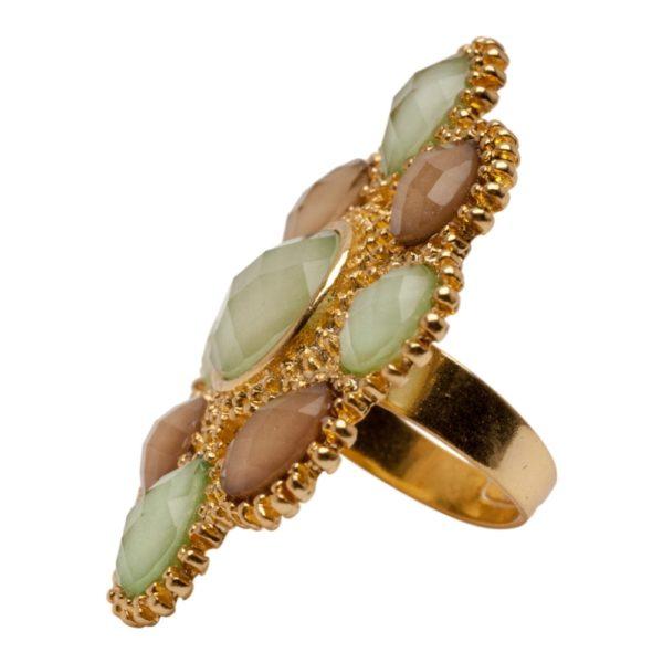 R55058.16 Bague dorée à l'or fin 24 carats en forme de fleur résine vert et maron