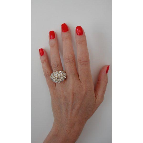 R50506.31 Bague dorée à l'or 24 carats avec dôme de cristaux