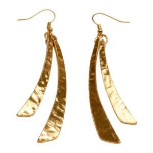 E58097.10 Boucles d'oreilles dorées à l'or fin 24 carats avec deux long bâton pendants