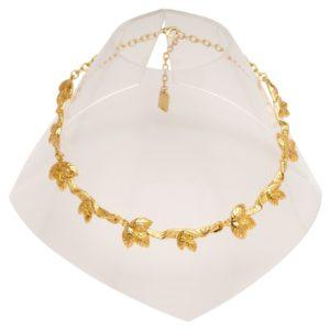 N60047.10 - Collier court doré à l'or fin 24 carats avec des feuilles sculptées.