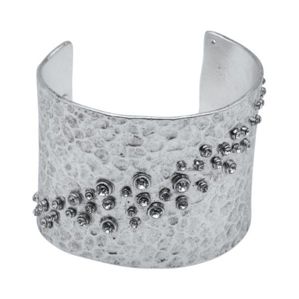 LOU - B50596.41 - Bracelet en étain argenté au 925 Sterling martelé avec des cristaux clairs en diagonale