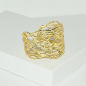 R80094.10 - Bague artistique dorée style manchette
