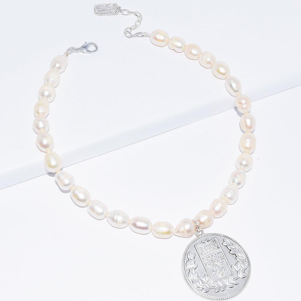 collier perle avec pendentif